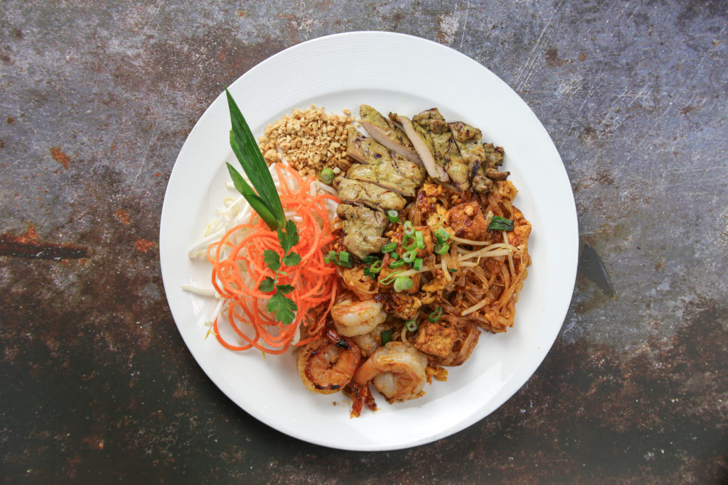 Pad Thai Shrimp with BBQ chicken